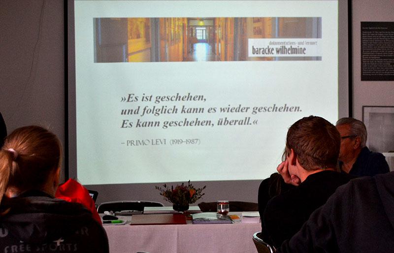 Teilnehmer_innen im Hörsaal, 2012. Foto: Kasia Drelich, Tagungshaus Bredbeck