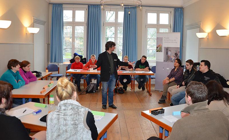 Planspielseminar EGMR in Kooperation mit Teilnehmer_innen der VHS-Celle, 2013. Foto: Stiftung niedersächsische Gedenkstätten