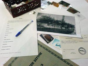 """Materialien für das Planspiel """"Die Fahrt der Exodus 1947"""", 2014. Foto: Stiftung niedersächsische Gedenkstätten"""
