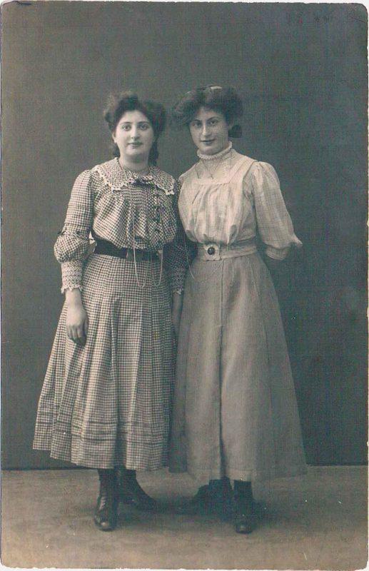 bild-1-groeschler-bertha-und-erna-ca-1914-web