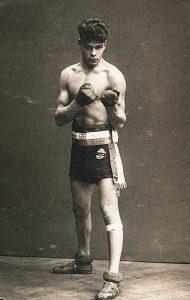 Johann Trollmann als junger Amateurboxer, ca. 1928 (Foto: Privatbesitz Manuel Trollmann)