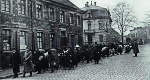 Deportation von Sinti und Roma aus Remscheid nach Auschwitz-Birkenau im März 1943 (Stadtarchiv Remscheid)
