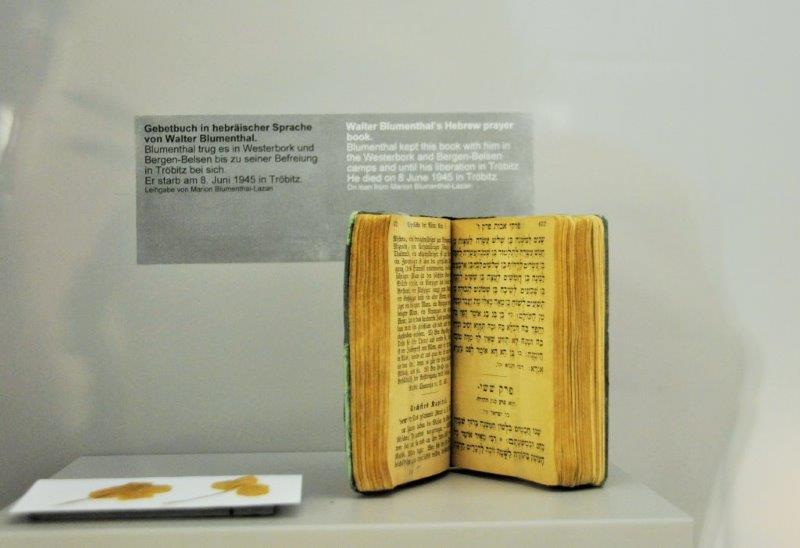 Gebetbuch Walther Blumentahl (Sammlung Gedenkstätte Bergen-Belsen. Foto: Ilka Witte)